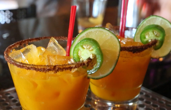 A Drink With Friends Summer Mixologist Event