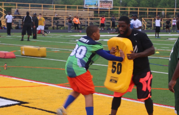 NFL Baltimore Raven's Kyle Arrington's Youth Football Camp